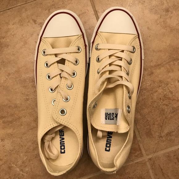 3fa46a802df0 NEW Converse all stars shoes men size 6 women 8